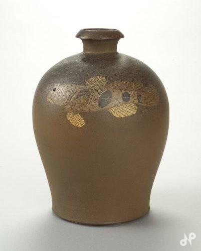窯変沙魚瓶子