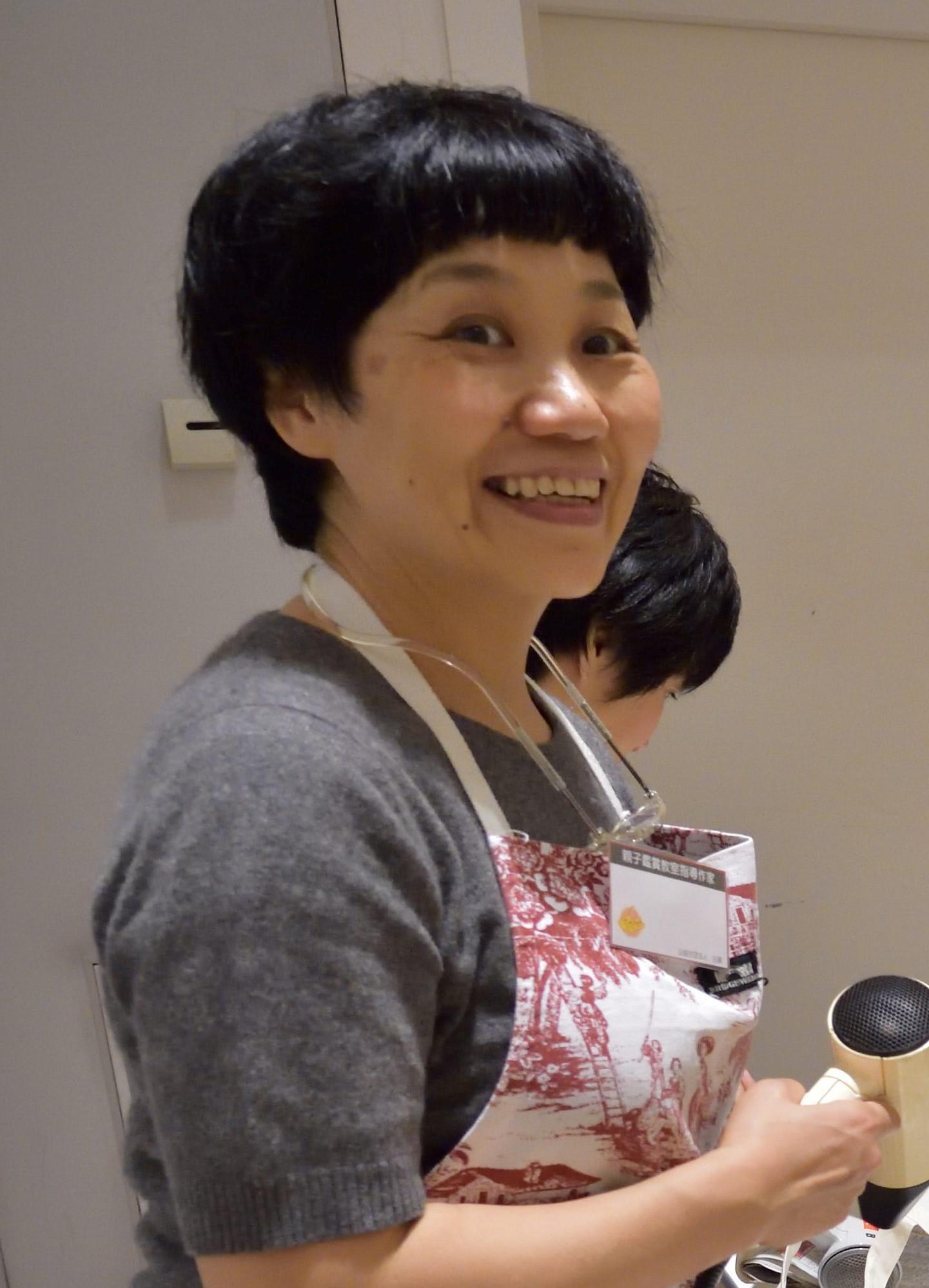 平林芳子(ひらばやし・よしこ)
